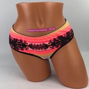 ✅🆕😍 3/$35 Victoria's Secret ruched back panty